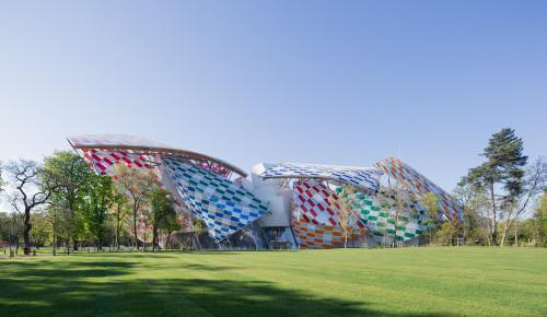 La Fondation Vuitton prends des couleurs